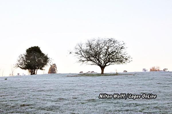 Galeria 2 - Notícia Lages Turismo Geada embeleza o amanhecer em Lages