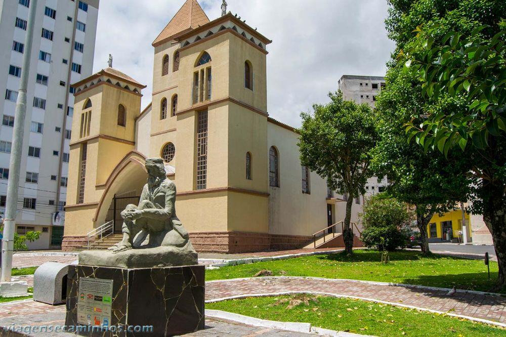 Igreja da Santa Cruz  - Está localizada na Praça Siqueira Campos, na Rua Santa Cruz.